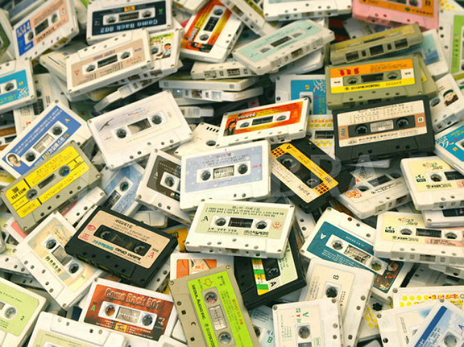 cassette-album-sales-almost-doubled-in-2016-vb8y6z7p